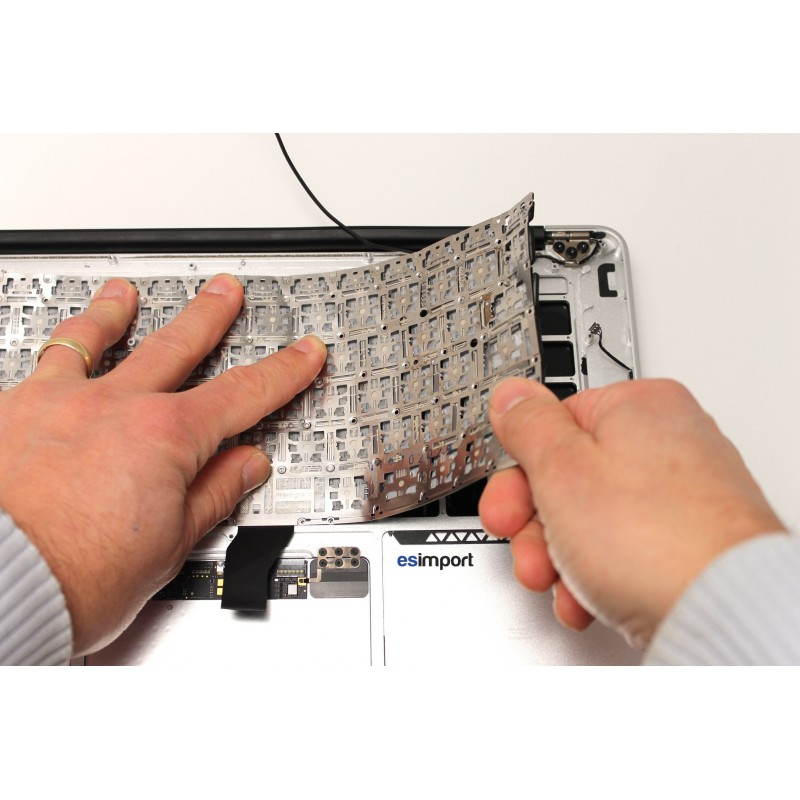 clavier oxyd changement clavier r paration macbook. Black Bedroom Furniture Sets. Home Design Ideas